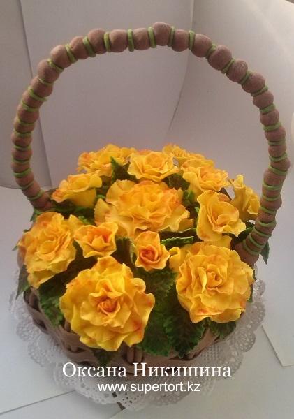Торт Корзина с жёлтых роз