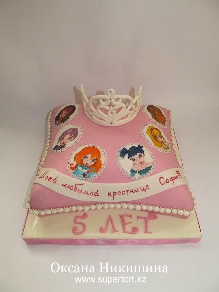 Торт Подушка с короной