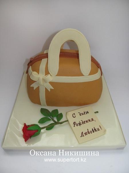 Торт Сумочка и роза