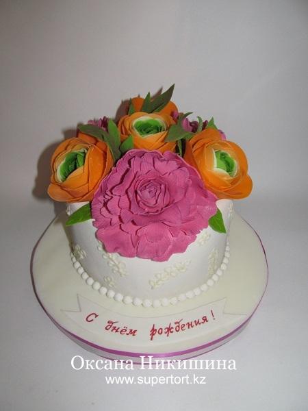 Торт Пионы и Ранункулюсы