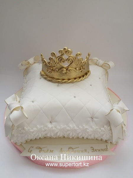 """Торт """"Корона для принцессы Элины"""""""