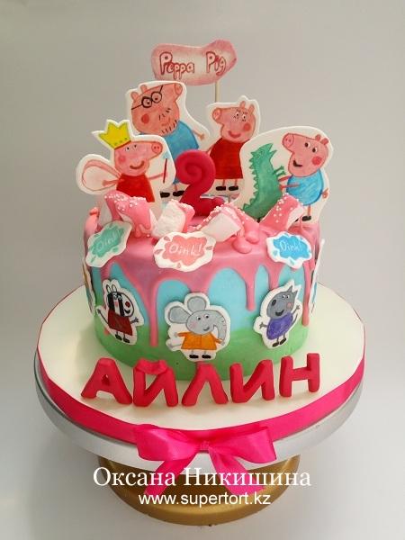 """Торт """"Свинка Пеппа поздравляет Айлин"""""""