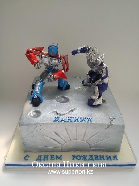 """Торт """"Роботы-трансформеры поздравляют Даниила"""""""